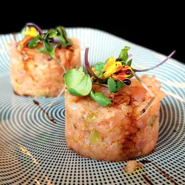 85-tartar-de-salmo-marinat1-min